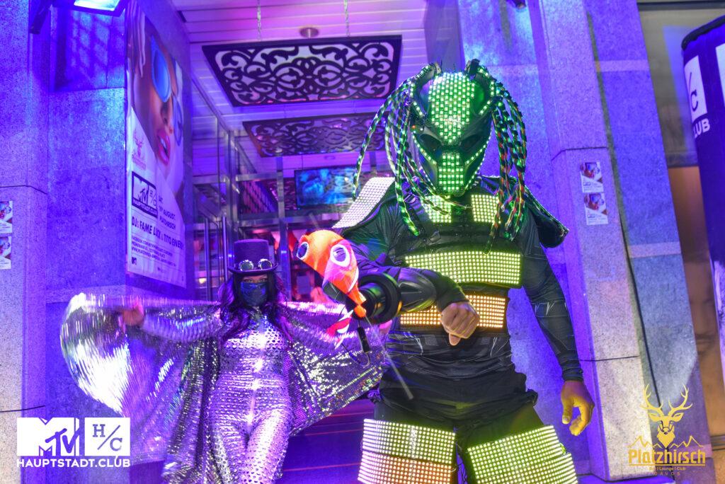 LED Roboter Animation und 3D Hologramm Show
